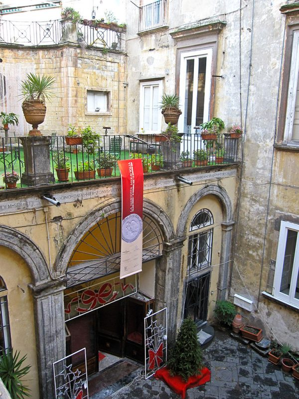 Visit Palazzo Venezia – Naples