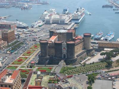 Discovery Maschio Angioino Castel Nuovo (History, location, hours, admission)