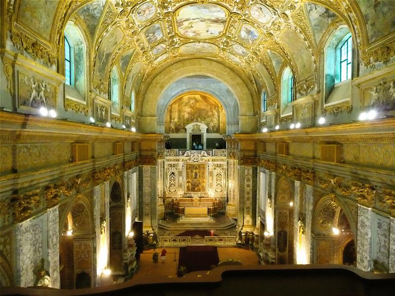 Visit Complex of Donnaregina and Diocesano Museum