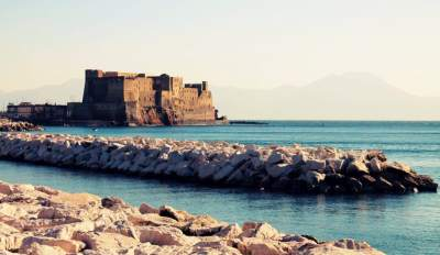 Visit the Castel dell'Ovo. Naples between history and legend